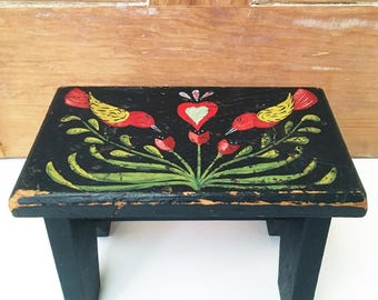 Small, vintage foot stool with folk art painting, primitive, naive, birds, hearts, flowers, Pennsylvania Dutch or Peter Hunt-style