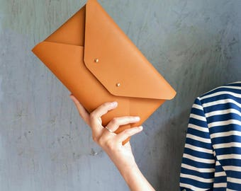 Gingerbread brown leather clutch bag / Brown envelope clutch / Bridesmaids clutch / Genuine leather / Tabac  brown clutch