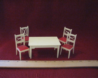 Doll House Table and Chairs