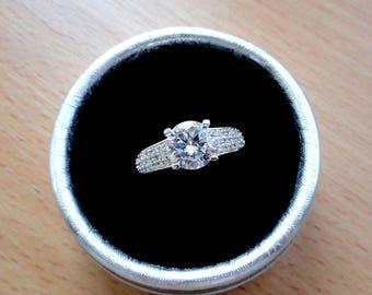 Wedding ring Gold ring Promise ring Halo engagement ring White gold rings Bridal rings Diamond ring Anniversary ring Cubic zirconia Jm