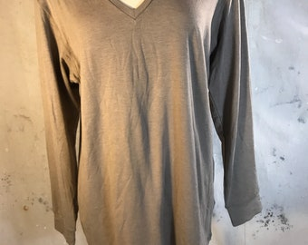 thermal long sleeve vneck beige warm uniqlo extra large xl