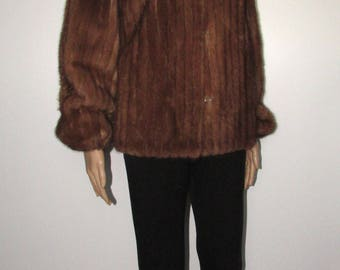 Vintage  superbe   manteau de fourrure de vison court brun moyen/ Vintage superbe short medium brown mink fur coat   sz medium bust 42