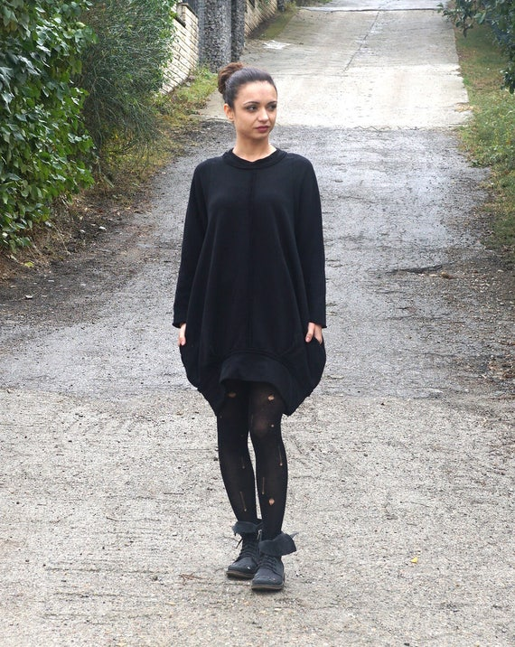 Extravagant Loose Flattering Dress / Avant Garde Casual Oversized Tunic / Plus Size Black Dress / Balloon Dress / Minimalist Black Dress