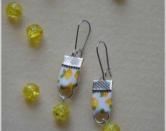 Earrings lemon print fabric with yellow pearl, stainless steel findings