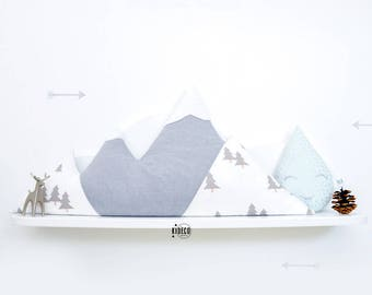 """Cozy Mountain"" cushion mountain (customizable)"