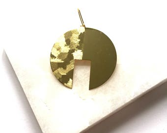 Double Texture: Earrings round brass disc circle african style gold brass earrings