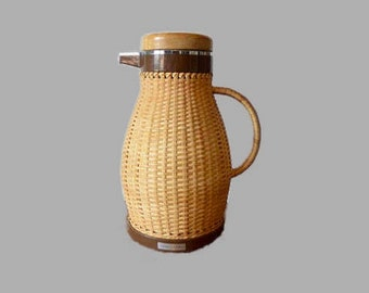 Vintage Corning Designs Rattan Thermos, Pitcher Thermos, Corning Carafe, Insulated Coffee Pot Pitcher, Coffee Carafe, Pitcher, Mid Century