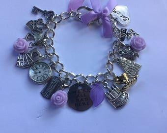 Alice in wonderland Charm bracelet vintage