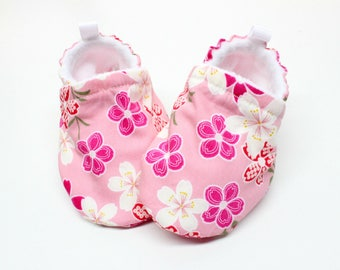 Pink Cherry Blossom baby shoes, baby shoes girl, soft sole, baby booties, toddler shoes, baby girl shoes,Cherry Blossom baby shoes