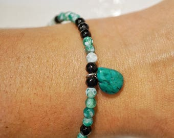 Turqoise stone beaded bracelet