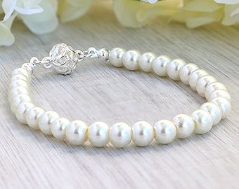 Wedding silver 925 bracelet Bride gift jewelry Wedding accessories Bridesmaid gift Maid of honor gift bracelet Bridal pearl bracelet