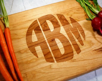 Personalized Wooded Cutting Board - Monogrammed - Husband - Wife Gift - Anniversary Gift - Gift for Her - Wedding Present - Custom Kitchen