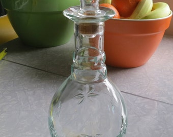 Vintage Liquor Decanter with Starburst Designs on the Glass!