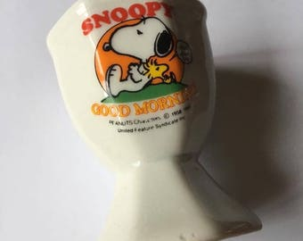 Snoopy egg cup