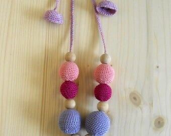 Nursing necklace for mom from wood and cotton-heart-pink