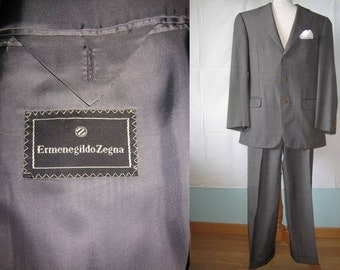 Amazing Ermenegildo ZEGNA size US 40S/ EU 50, Vintage men's Jacket Blazer Suit, 100% wool. Made in Italy, beautifully styled.