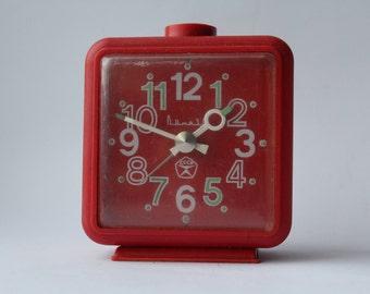 Soviet alarm clock Vityaz, Vintage alarm clock USSR, Vityaz, Soviet clock