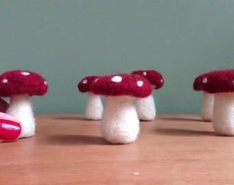 agaric fly mushroom, fly agaric, needle felted ornaments, autumn decoration, christmas decoration, felt ornament, christmas tree ornaments