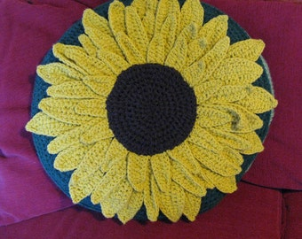 Cushion cover. Large Sunflower. Floor cushion. Pet bed. Crochet cushion cover. 3D.