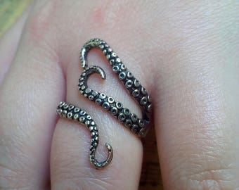 Octopus Tentacle Ring Adjustable