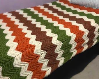 Vintage   Crochet Blanket   fits twin bed