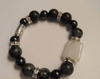 Labradorite and Hematite bracelet