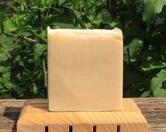 Land of Milk and Honey Soap (Unscented Goat Milk Soap, Made With Honey, Old Fashioned Goat Milk Soap, Dye Free Soap, Plain Goat Milk Soap))