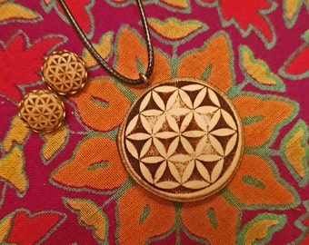 "Soul slices ""Flower of life"" set necklace + stud Earrings 13 mm, vintage * Ethno * hippie * MUST have * statement *"