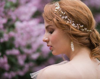 Bridal hair accessories - Wedding hair vine - Crystal Headpiece - Bridal headpiece - Pearl hair vine - Crystal hair vine. Floral hair vine