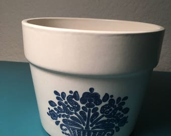 Vintage FTD flower pot