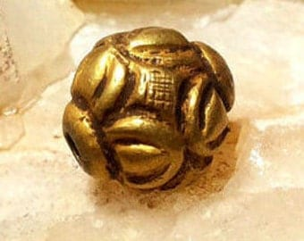 Antique Collectible Solid Gold 22K Bead Myth Fairly Flower Double Sided Pedal