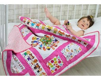 Animals Quilt/ Girl Quilt/ Baby Quilt/ Toddler Quilt/ Organic Hemp Quilt/ Organic Quilt/ Modern Quilt / Handmade Quilt /