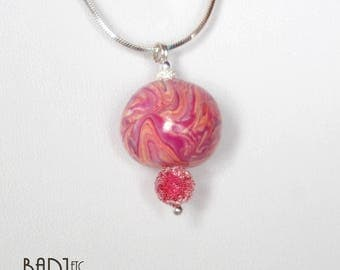 Pendant necklace pink beads