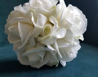 White Bridesmaid's Bouquet, Toss Bouquet, Petite Bouquet, Small Bouquet, Wedding Bouquet, White Flowers, Real Touch, True Touch, Roses
