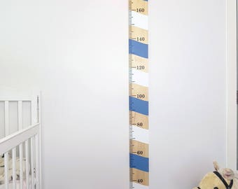 Wooden Height Chart Pine Candy Cane Pattern Plain Or Personalised