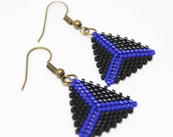 Handmade Black and Blue Beaded Pattern Peyote Triangle Earrings New Style Dangle Dark Colored Earrings
