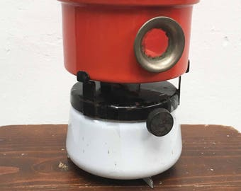 Vintage retro enamel petroleum bunch of red with white