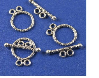 6 toggle clasps 2 rings in antique silver