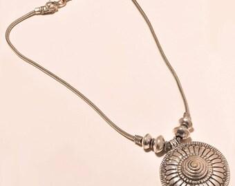 "Fashion Design flower cut .925 silver Necklace 17-18"""