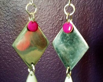 Silver earrings, white and fuchsia