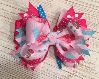 Pink Cupcake hair bow, Cupcake hairbow, Cupcake hair clip, Sprinkles hair bow, Sprinkles hairbow, Sprinkles hair clip, Birthday hair bow
