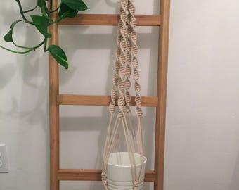 "40"" Macrame plant hanger/ Macrame hanging planter / Plant hanger/ Hanging planter/ Macrame plant holder/ Pot hanger"