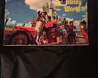 WDW - Walt Disney World- a pictorial souvenir 1971 booklet