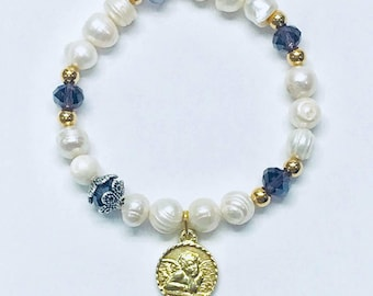 Freshwater pearls bracelet with Guardian Angel engraved on the front