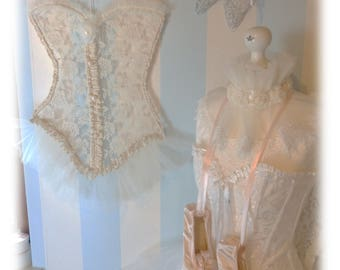 """Nostalgic wall decoration """"corset"""" with lace in shabby chic style"""