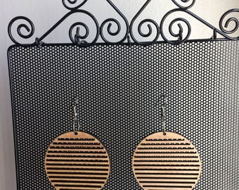 Circle, striped/lined, wood, retro, chic',