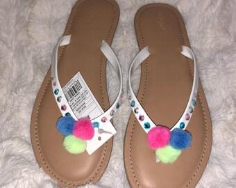 Enless Love Flat sandals. Full of colors.