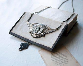 Golden Legend Talisman - Unisex Vintage Saint Christopher Winged Necklace - Traveler Talisman Religious Pendant