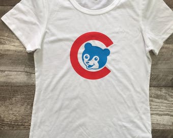 Womens s/s White t shirt Vintage style Chicago Cubs bear Cubbies blue kids toddler Red White Retro