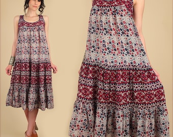 ViNtAgE 70's Indian Cotton Dress // Bohemian India Gauze Gauzy Sundress // Floral HiPPiE Boho Festival Tent Dress